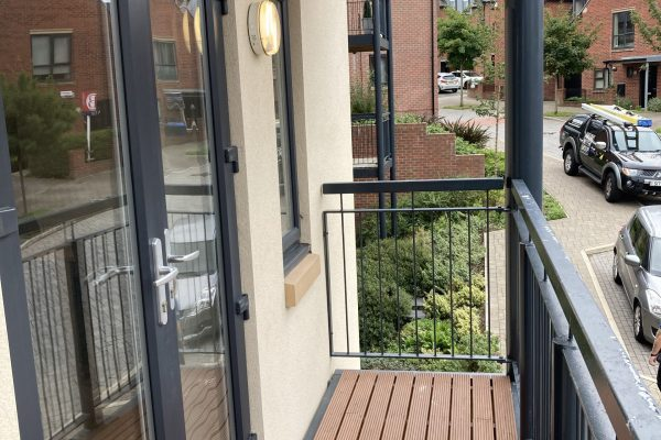flat-to-rent-sheffield-s56dh-lavender-way-balcony